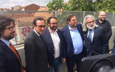 Rull, Fernàndez i Junqueras durant la visita a Sabadell