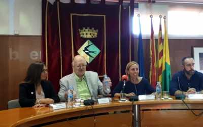 Els responsables de Creu Roja han presentat avui la seva memòria a l'Ajuntament de Badia/ Karen Madrid