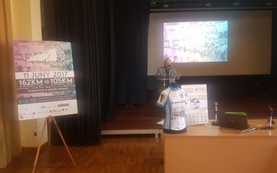 Miquel Borràs presentant ahir la Vallesana