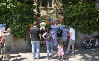 Porta principal de la Caserna de la Guàrdia Civil. Foto: Ràdio Sabadell. Autor Aleix Graell