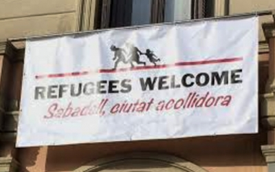 Cartell penjat a la façana de l'Ajuntament de Sabadell