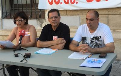Àngels Núñez, de CCOO, Josep Antoni Pozo, UGT, i Xavier Bartrolí (SPPM) en roda de premsa | Mireia Sans
