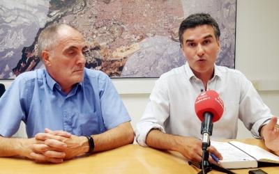 D'esquerra a dreta: Lluís Monge i Carles Bosch a la roda de premsa d'aquesta tarda