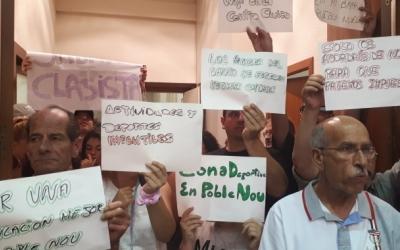 Els veïns del Poblenou protestant al darrer Ple