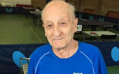 Vidal juga a tennis taula des de 1947 | TT Sabadell