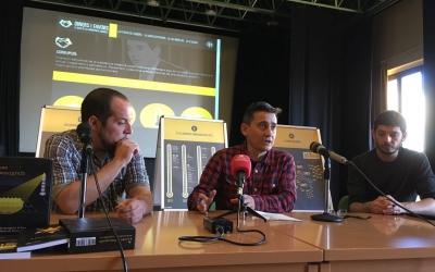Lluís Perarnau (centre) en un acte de La Crida el novembre passat. Foto: Crida per Sabadell