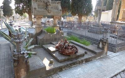 Una de les tombes al cementiri de la Salut | Ajuntament de Sabadell