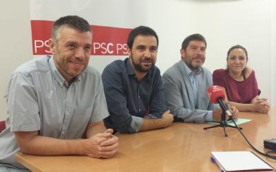 El diputat i els regidors del PSC a la roda de premsa   Pau Duran