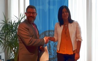 Hernández i Martínez han presentat avui l'acord entre la Diputació de Barcelona i el Col·legi d'Advocats/ Karen Madrid