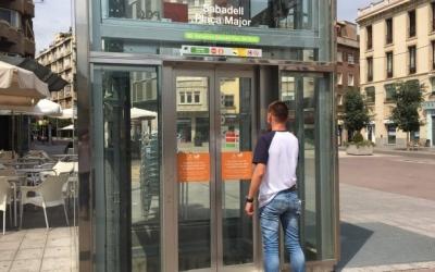L'únic ascensor de Sabadell Plaça Major