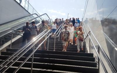 Usuaris del transport públic el dia de la inauguració | Arxiu