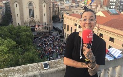 Nora Norman, abans de ser entrevistada a Ràdio Sabadell/ Roger Benet