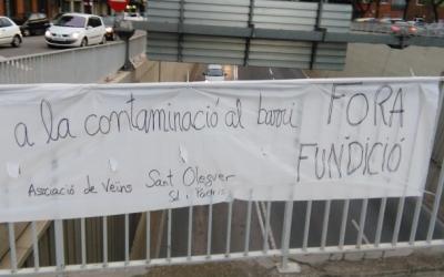 Pancarta reivindicativa dels veïns de Sant Oleguer i Sol i Padrís/ Arxiu Ràdio Sabadell
