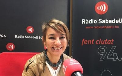 Lourdes Ciuró, als micròfons de Ràdio Sabadell/ Mireia Sans
