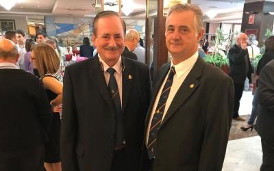 Miguel Francés i Joan Rodríguez durant el lliurament de premis de la Federació Catalana de Tir | Adrián Arroyo