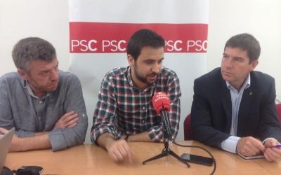 Cristian Sánchez, regidor, Pol Gibert i Josep Ayuso, regidro i portaveu del PSC. Foto: Ràdio Sabadell