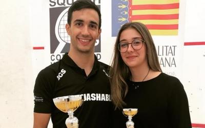 Iker Pajares amb el títol de la Copa d'Espanya