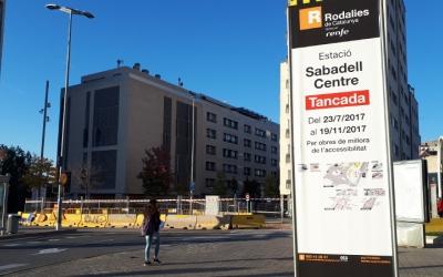 Renfe assenyalava el 19 de novembre com a data límit per acabar les obres/ Karen Madrid