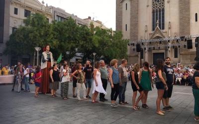 El seguici del Ball de la Bola durant la Festa Major | Mireia Sans