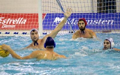 Pepe Motos a la porteria en una acció del partit de Champions contra el Szolnoki | Pau Vituri