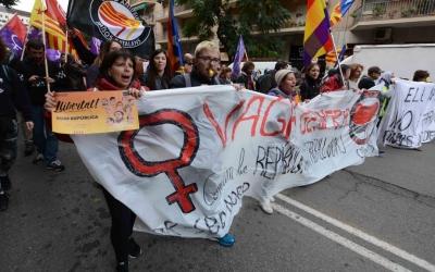 Unes 5.000 persones han seguit el recorregut des de l'Eix Macià fins la plaça Sant Roc. Foto: Roger Benet