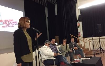 Elisenda Alamany amb els ponents . | Foto: Ràdio Sabadell