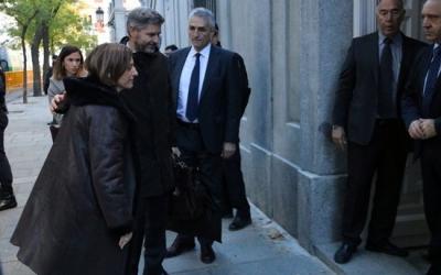 Forcadell entrant al Tribunal Suprem amb el seu advocat. Foto: ACN Autora: Tania Tapia