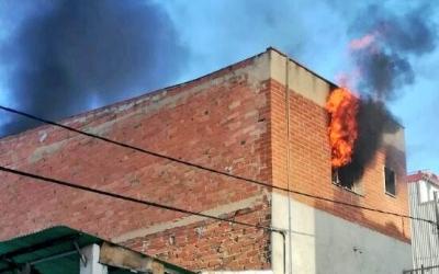 Incendi el dilluns de la setmana passada al domicili del carrer Alps, número 35 | Arxiu