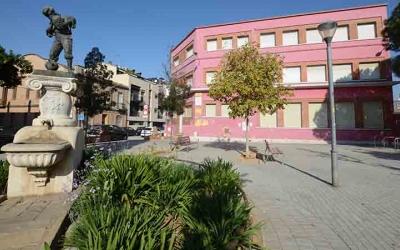 La plaça Piaget és una de les que ampliarà el seu espai dins la fase de pacificació del trànsit de l'entorn de Can Feu.