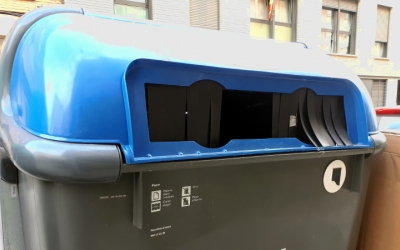 Els actuals contenidors se susbstituiran per elements metàl·lics/ Karen Madrid