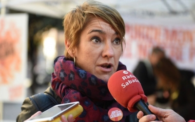 Lourdes Ciuró a la parada informativa del PDeCAT | Roger Benet