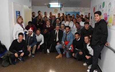 Visita dels arlequinats aquest migdia a l'Hospital de Sabadell | CES