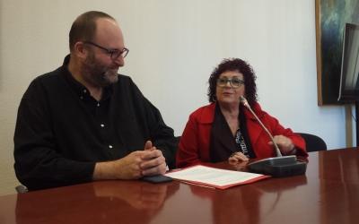 Amparo Moreno i el regidor Miquel Soler | Pau Duran