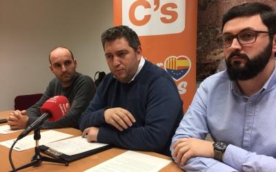 El grup municipal de C's durant la roda de premsa   Foto: Ràdio Sabadell
