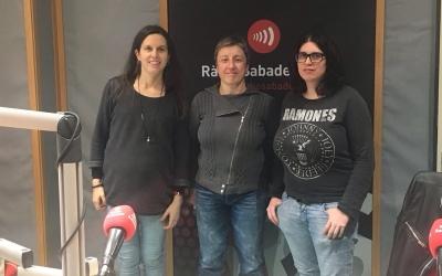 Míriam Ferràndiz, Isabel Tapia i Alex Bixquert als estudis de Ràdio Sabadell | Foto: Raquel Garcia