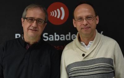 Adolf Pla i Bernat Castillejo als estudis de Ràdio Sabadell| Foto: Roger Benet