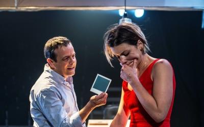 Mima Riera i David Bagés en un moment de Paraules Encadenades. | Foto: Ràdio Sabadell