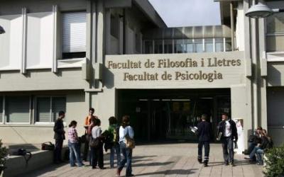 Facultat de Lletres del Campus de la UAB a Bellaterra   Foto: UAB