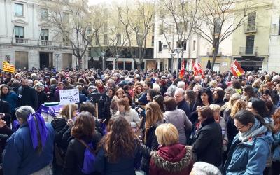 Moltes persones han aprofitat el 8M per mobilitzar-se/ Karen Madrid