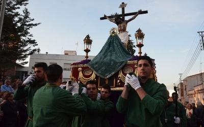 El pas de la Cofradía del Cristo del Amor y la Virgen Santa | David Bisbal (iSabadell)