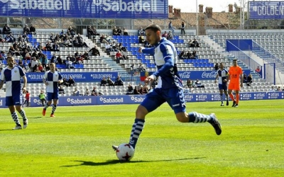 Dani Gómez ha tornat a l'onze titular de Toni Seligrat | Crispulo D.