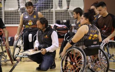 Óscar Trigo i els seus jugadors a punt de certificar la permanència a Primera   Adrián Arroyo