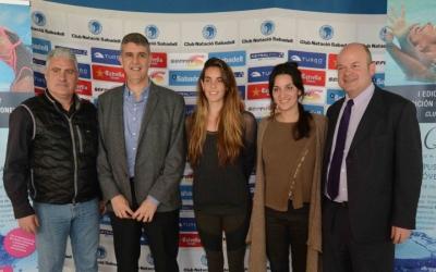Ona Carbonell, amb Andrea Fuentes i Claudi Martí (CNS) a la presentació del seu campus