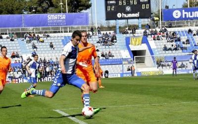 Pedro Capó en una imatge del partit contra el Llagostera a la Nova Creu Alta | Crispulo D.