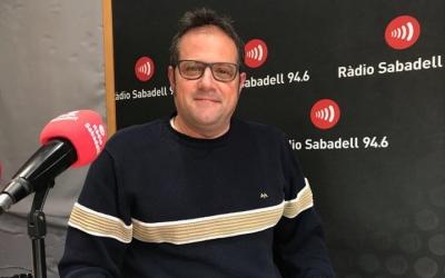 Roger Menescal, del Rugby Sant Quirze, a l'estudi de Ràdio Sabadell | Adrián Arroyo