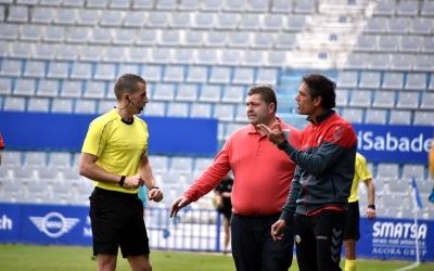 Toni Seligrat tornarà a seure a la banqueta després de dos partits sense fer-ho | Crispulo D.