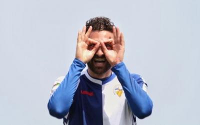 Arturo ahir celebrant l'1-3 del Sabadell a Formentera | Sandra Dihör
