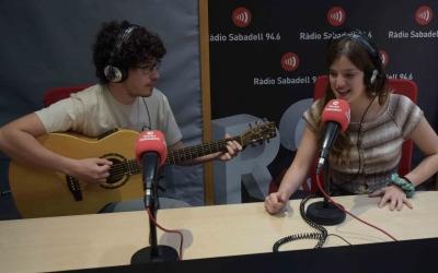 Magalí Saré i Sebastià Gris als estudis de Ràdio Sabadell | Roger Benet