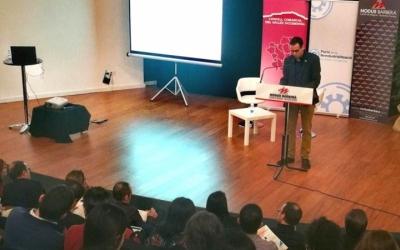 Ignasi Giménez durant la presentació del portal