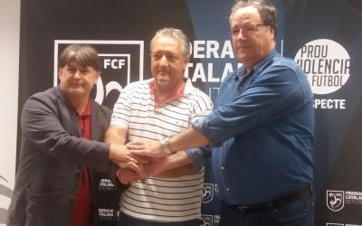 Jordi Grané, president del Mercantil, a l'esquerra de la imatge, en un acte de la Federació Catalana de Futbol | FCF